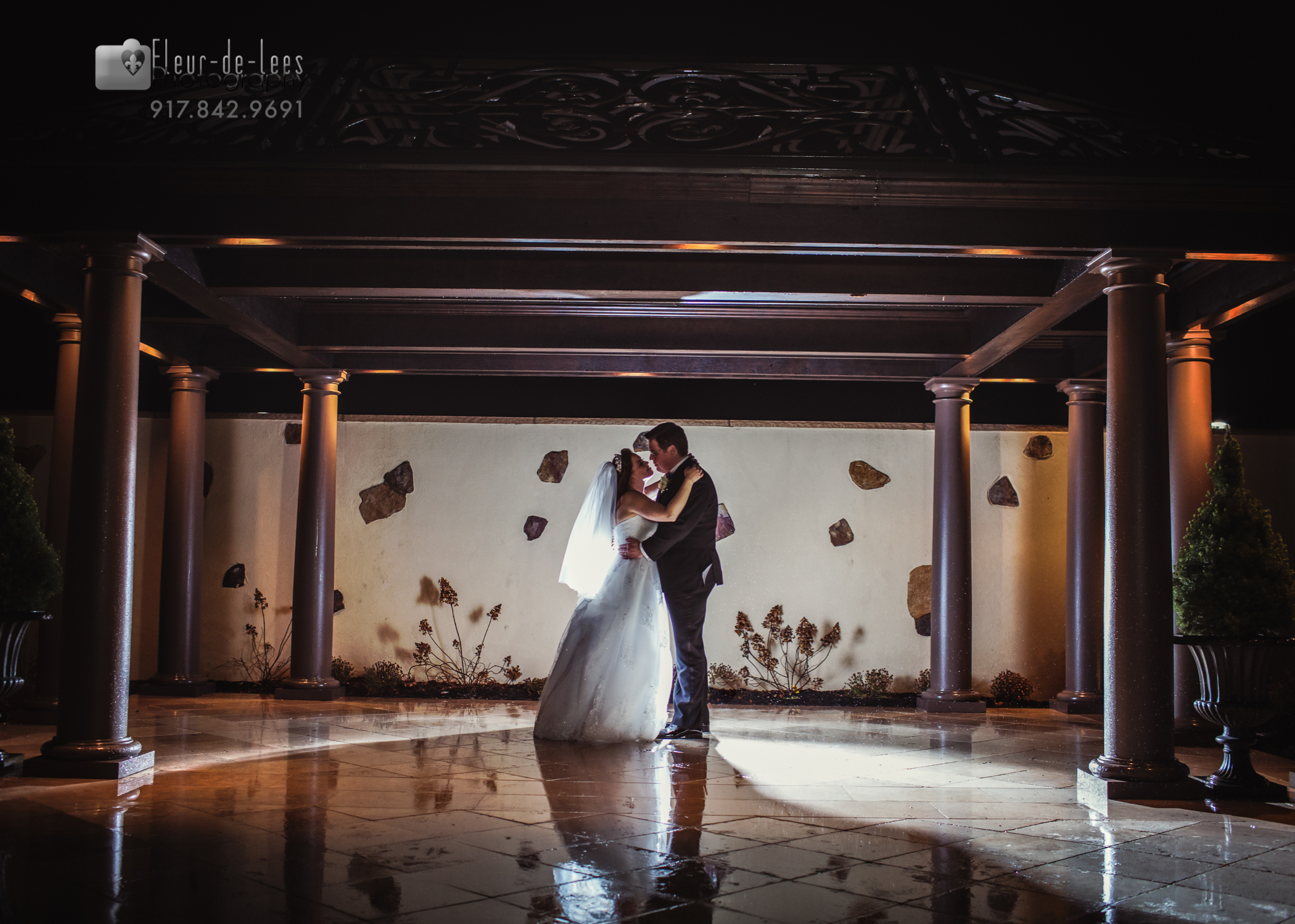 Amanda and Pete Wed. Larkfield Manor. East Northport, NY. Long Island Wedding Photographer
